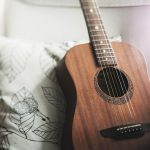 Top 4 Places to Buy an Acoustic Guitar for Beginners