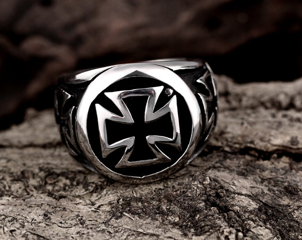 Biker Cross Rings